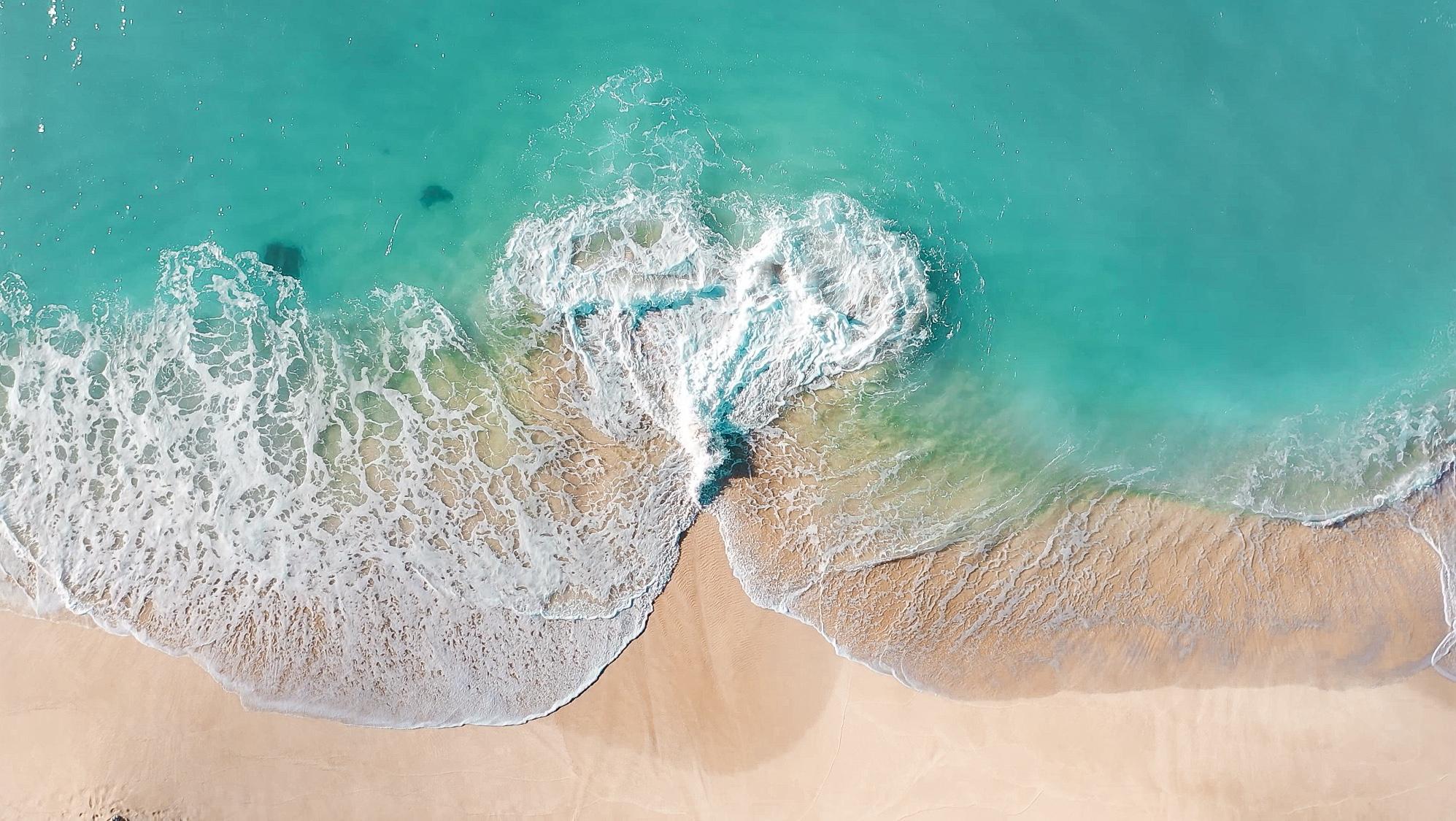 画像 ハワイ空撮 ハートの波 Iphoneの待ち受け用 ハワイドローン写真